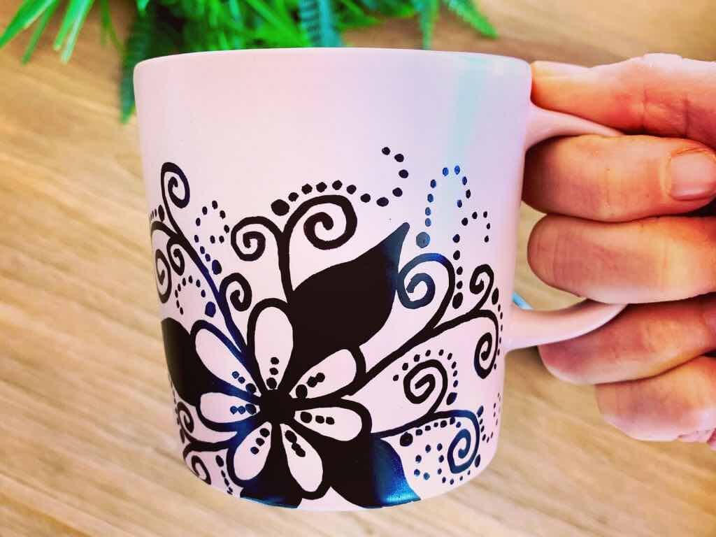 DIY Mug design with paint pens