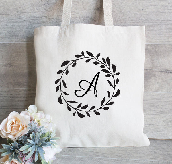 Set of 8 Wedding Totes, bridesmaid tote bag Wreath Wedding Welcome Tote , Gift for Bridesmaid, Flower Girl Gift Bag, Monogram Initials Tote