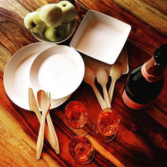Single use plates and bowls environmentally friendly