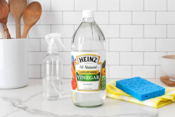 How to get slime out of clothing using vinegar