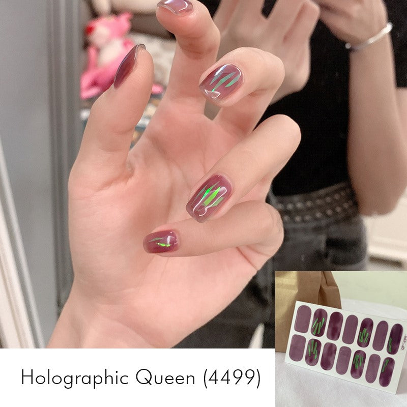 Holographic Queen Nail Wrap