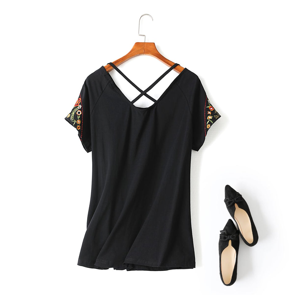 Suri Plus Size Floral Ethnic Embroidery Criss Cross Short Sleeve T Shirt Blouse (Black, White)