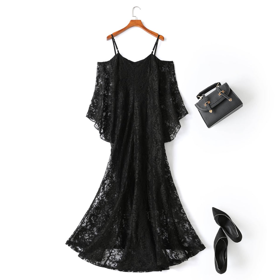 Ilysa Plus Size Black Lace Evening Dress