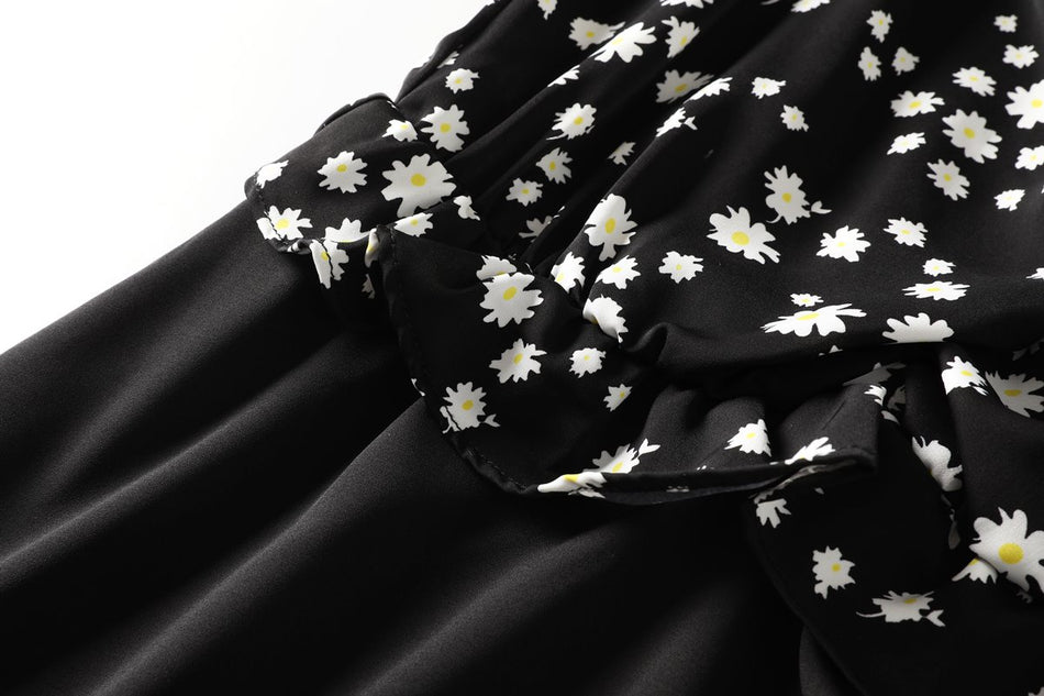 Blair Plus Size Black Daisy Floral Dress