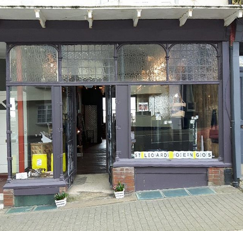 shop front 70 Norman Rd TN38 0EJ