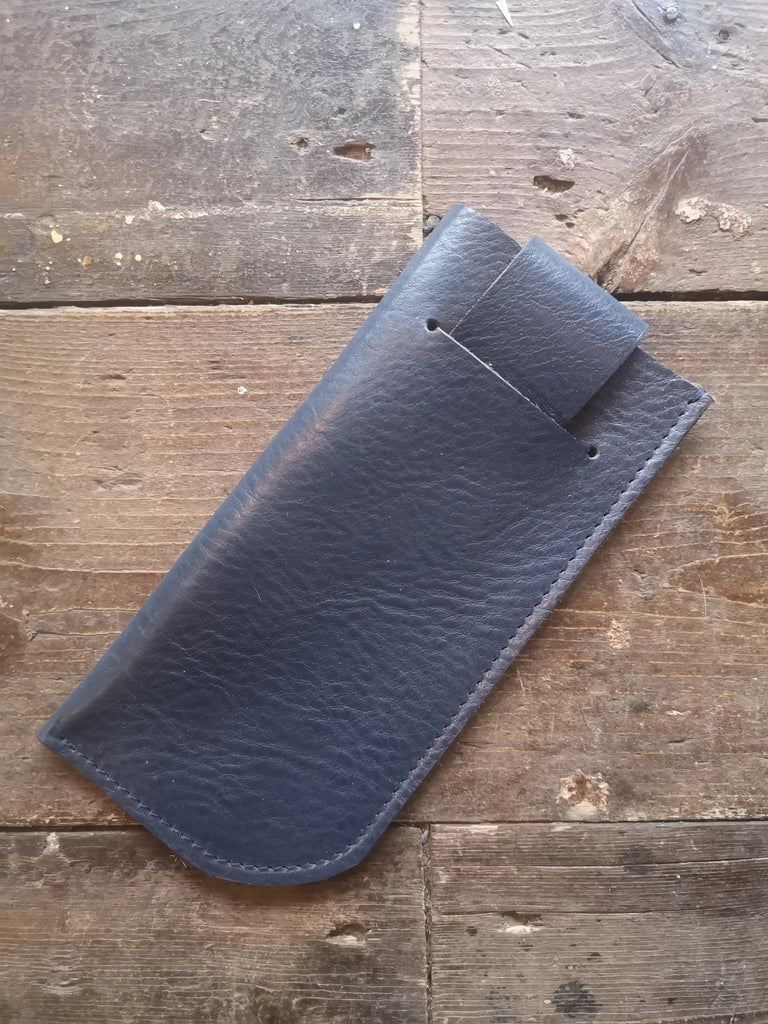 SUNGLASSES CASE in Blue
