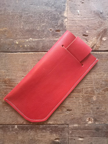SUNGLASSES CASE in Scarlet