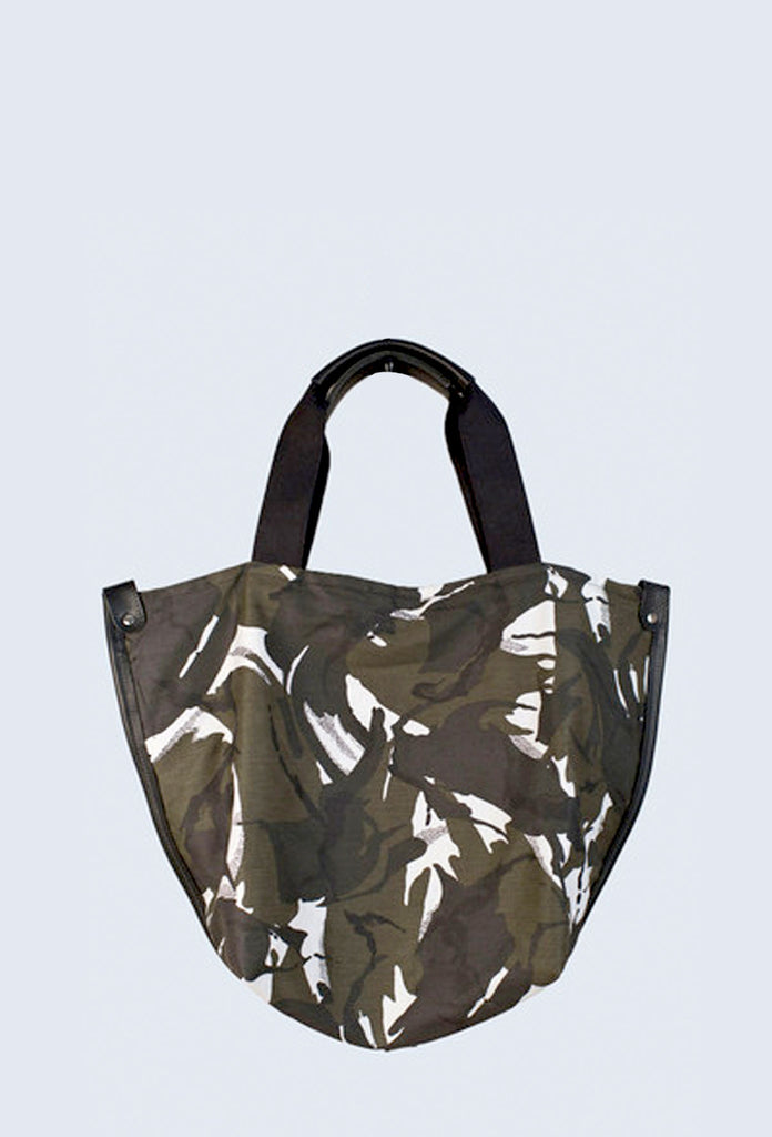 CAMOUFLAGE STANLEY HOLDALL in Arctic Black