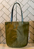 TOTELY SHOPPER in Khaki Green