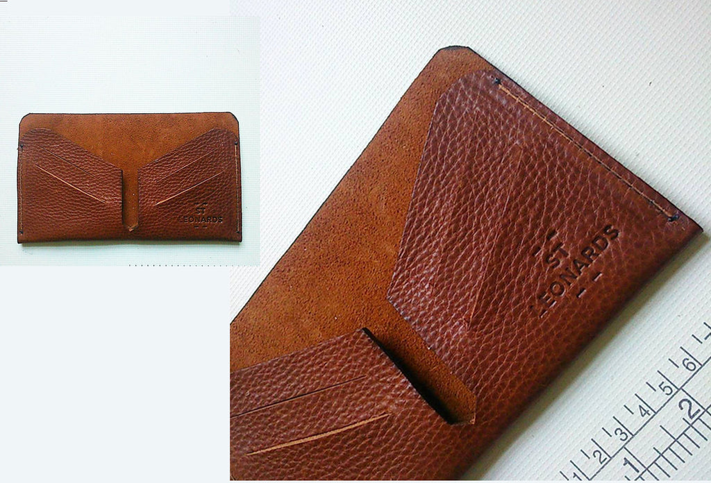 UTILITY WALLET in Chestnut