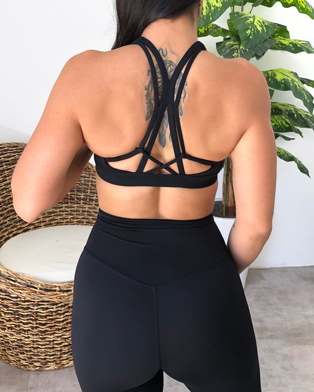Lani Sports Bra (Midnight Black)