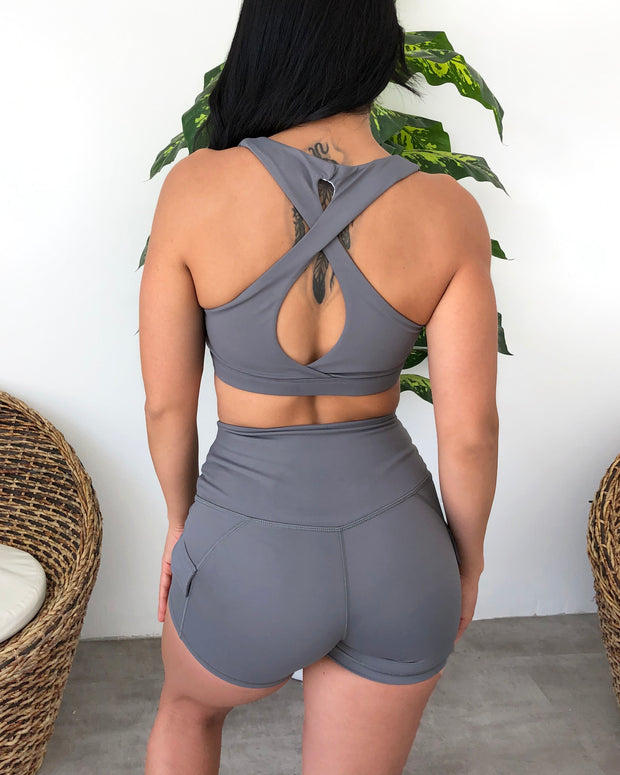 Sadie Sports Top (Icy Gray)