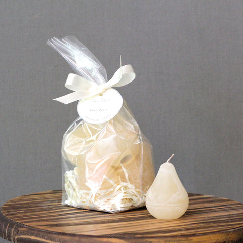 Bag of 6 mini pear candles.