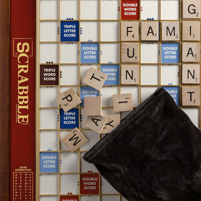 Scrabble Giant Deluxe Edition
