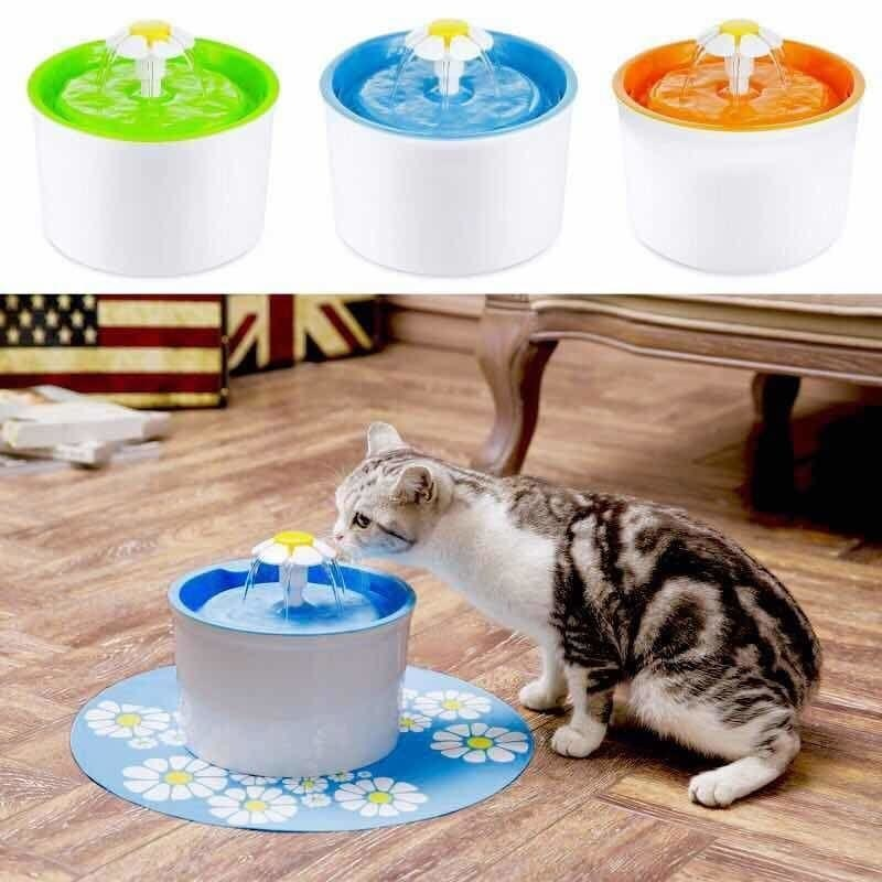 Automatic water dispenser for dogs and cats NAcloset