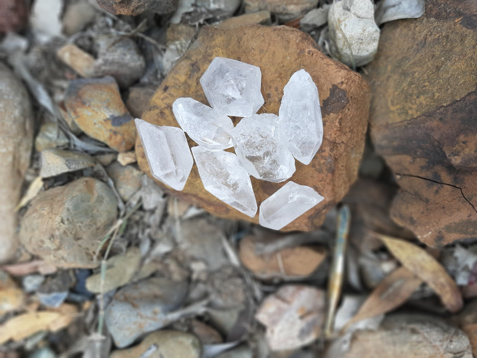Clear Quartz Points Medium