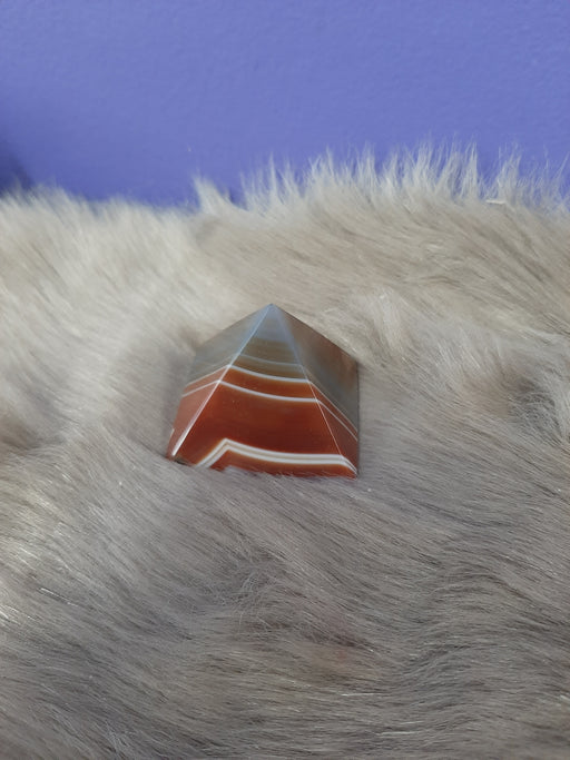 Agate Pyramid Brown
