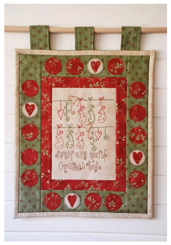Cinderberry Stitches - Heart of Christms
