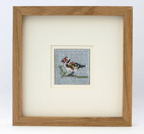 Ann's Orchard-Goldfinch Beadwork kit