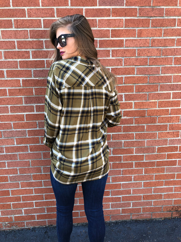 The Callee Plaid Top [OLIVE]