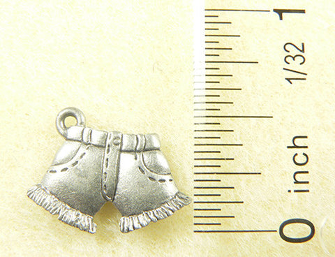 Cut-Off Denim Shorts Charm