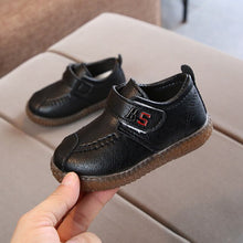 Load image into Gallery viewer, 2020 England Leather Shoes Kids Boys School Shoes New Girls Dress Shoes Spring Baby Children Black/Brown/Red Soft Shoes C11271