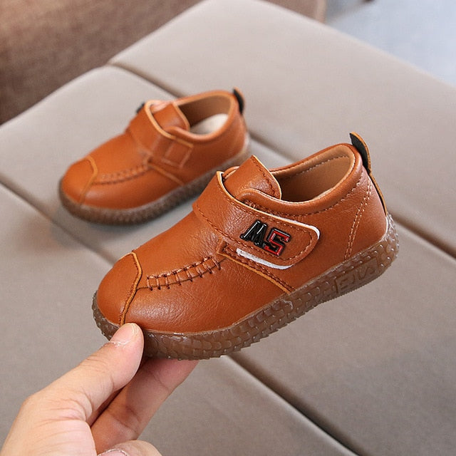 2020 England Leather Shoes Kids Boys School Shoes New Girls Dress Shoes Spring Baby Children Black/Brown/Red Soft Shoes C11271