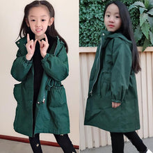 Load image into Gallery viewer, 2020 New Spring Teens Little Girls Green Black Long Windbreaker Coat For Girls Kids School Hooded Outwear Clothes Coats Jacket