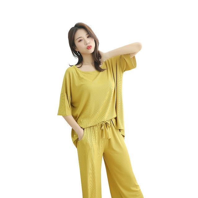plus Size Women's Tracksuit Pajamas women Thin 2020 New Style Short Sleeve shirt+Capri Pants 2 pieces Set Crew Neck Pajamas