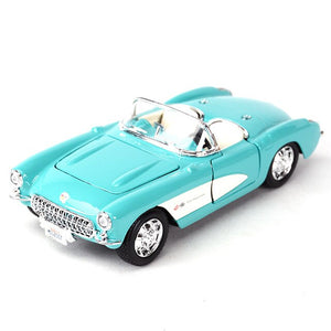 Maisto 1:24 1957 Chevrolet Corvette Sports Car Static Die Cast Vehicles Collectible Model Car Toys