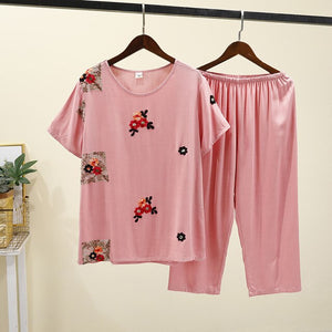 Spring And Summer New Women Short-sleeved Capri Pants Pajamas Cotton Silk Set Embroidered Pyjamass