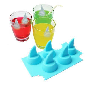 Drink Ice Tray Cool Shark Fin Shape Ice Cube Freeze Mold  Ice Maker Mould 13.2*8.2*3.8cm