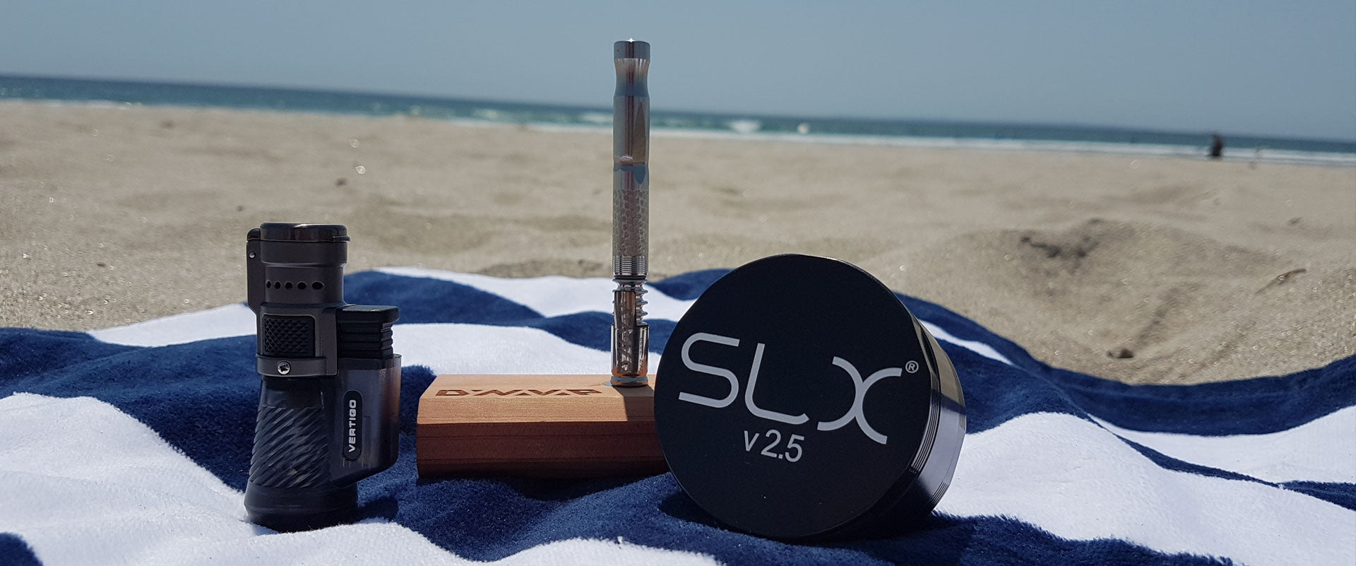 DynaVap M and SLX Grinder from The Pineapple