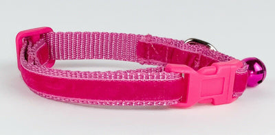 Pink Velvet cat & small dog collar 1/2
