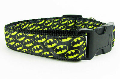 Batman dog collar handmade 12.00 all sizes adjustable buckle collar 1