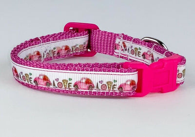 VW Beetle cat & small dog collar 1/2