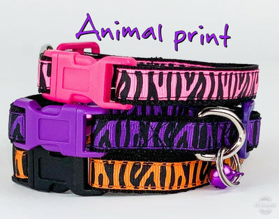 Zebra Print cat & small dog collar 1/2