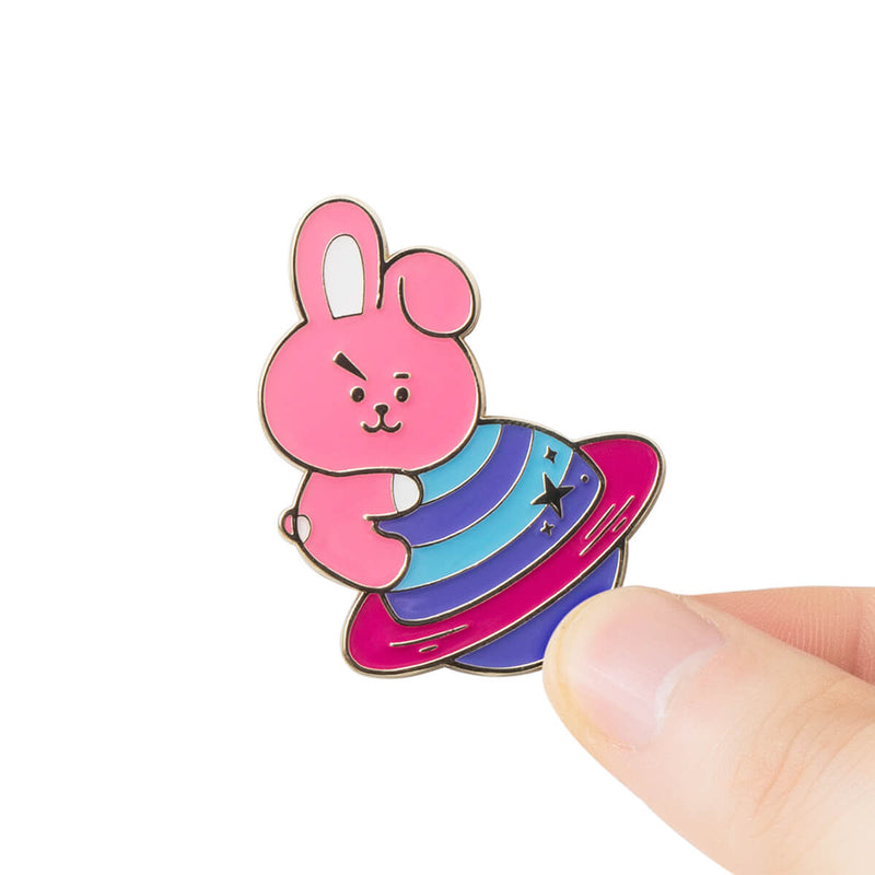 BT21 COOKY SPACE WAPPEN Enamel Pin Set, 2pcs