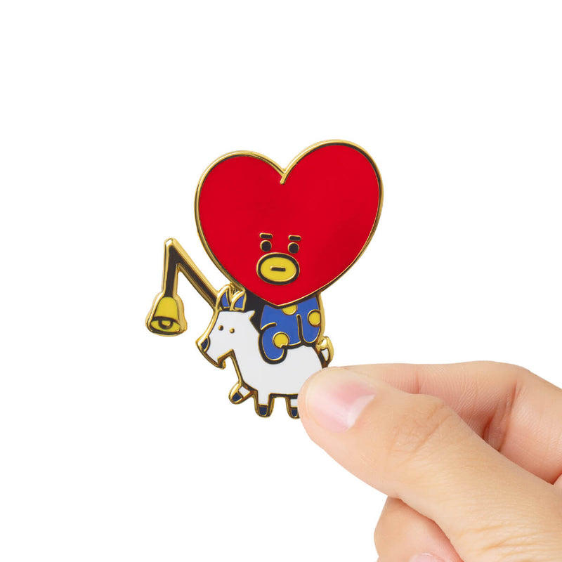 BT21 TATA Universtar Metal Badge 1