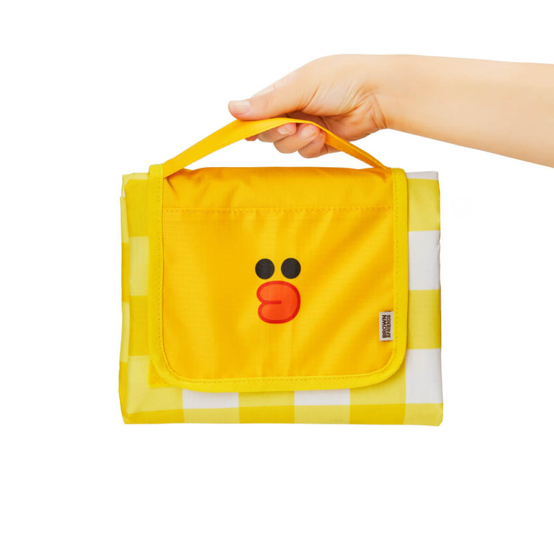 LINE FRIENDS BROWN & SALLY Gingham Picnic Mat