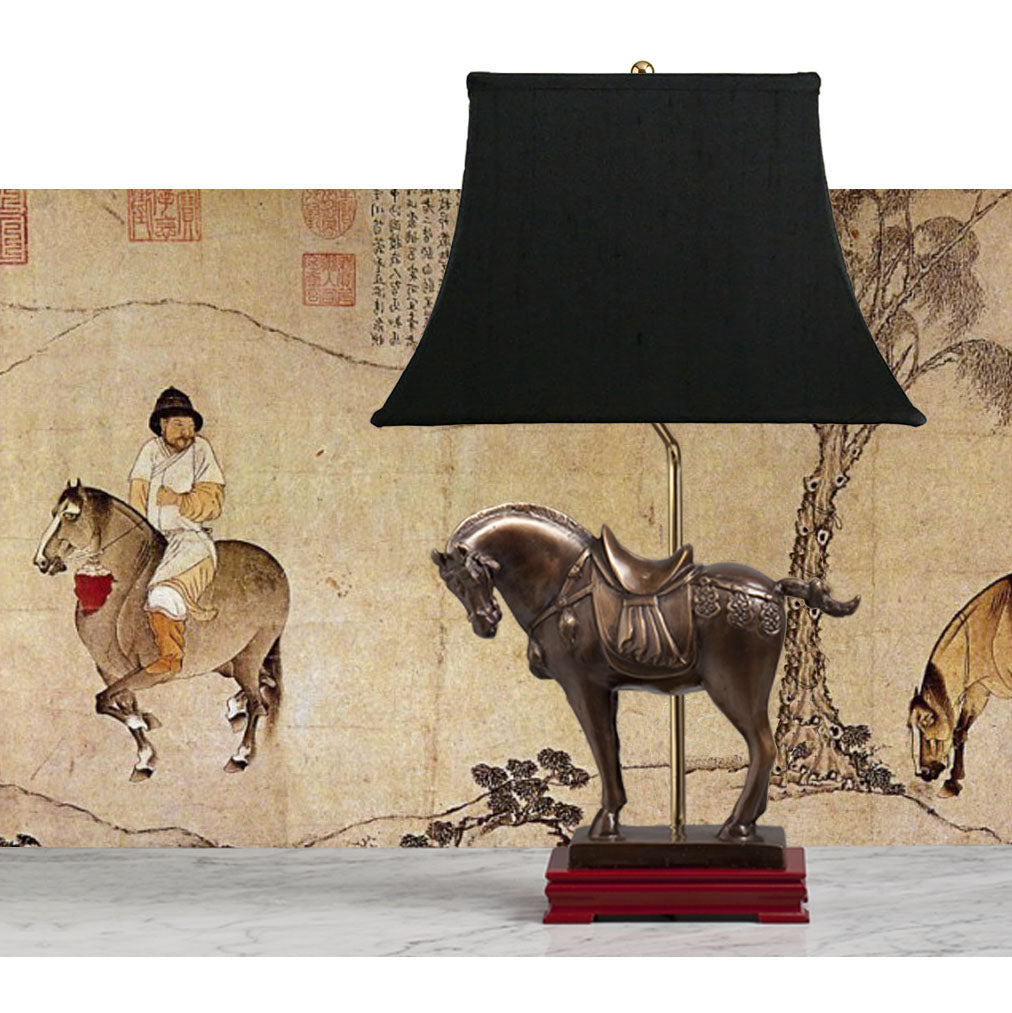 E067 A Sturdy Contemporary Chinese Bronze Model Of A Tang Dynasty War Horse Lamp