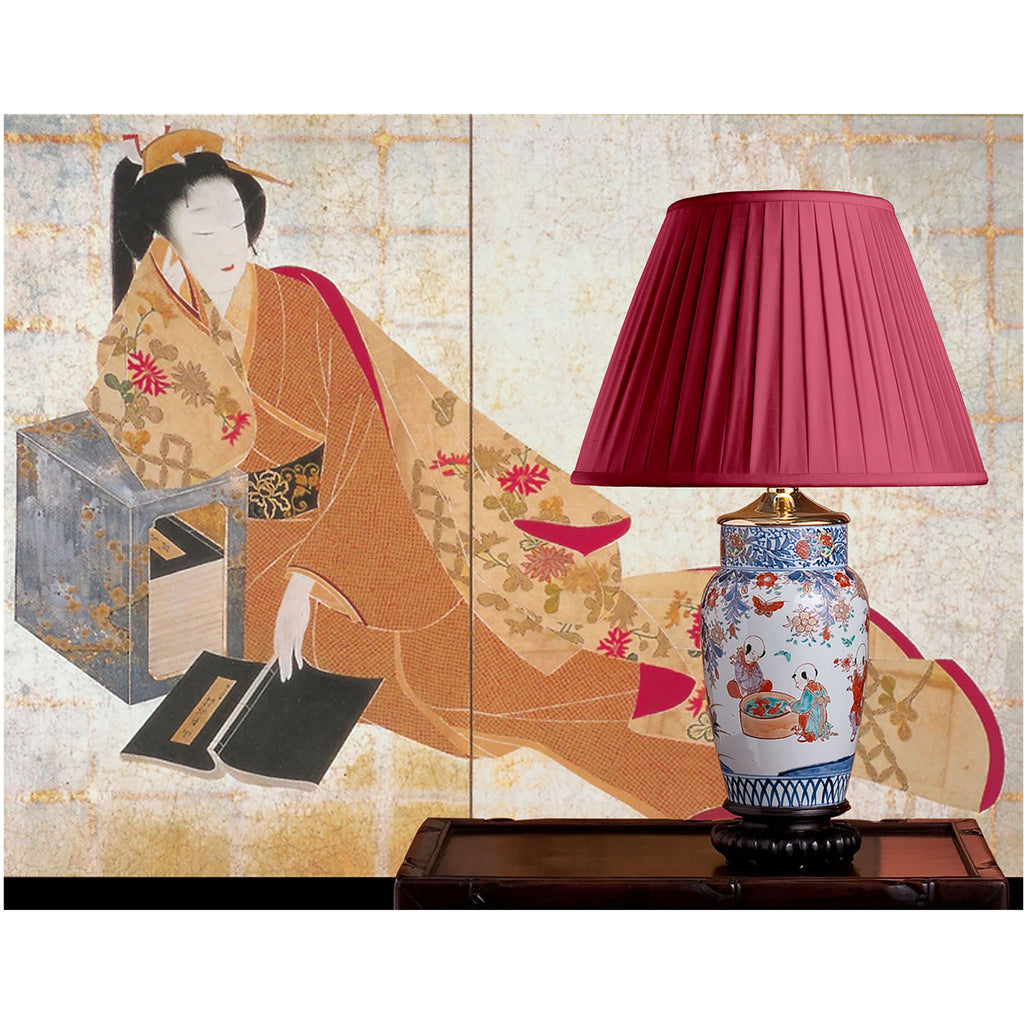 E069 An Antique Japanese Meiji Imari Lamp Karako, Children at Play - Circa 1880