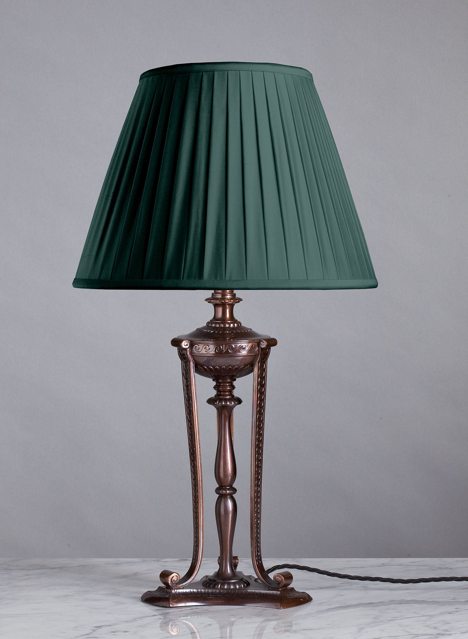 F039  An Elegant American Bronze Pairpoint Lamp Base in Cassolette Style - Circa 1915