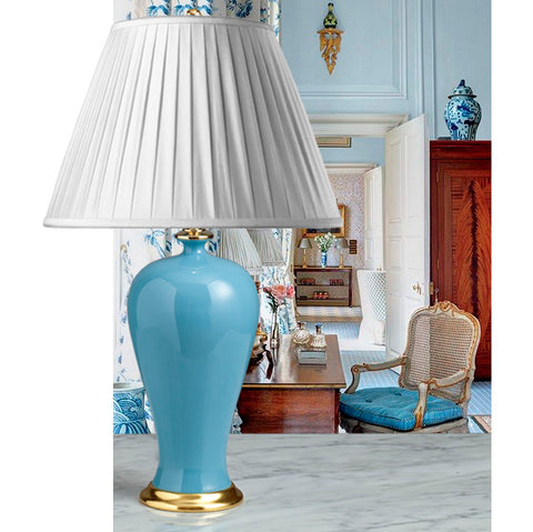 F067 A Very Pretty, Contemporary Chinese  Monochrome, Robin's Egg Blue Accent Lamp