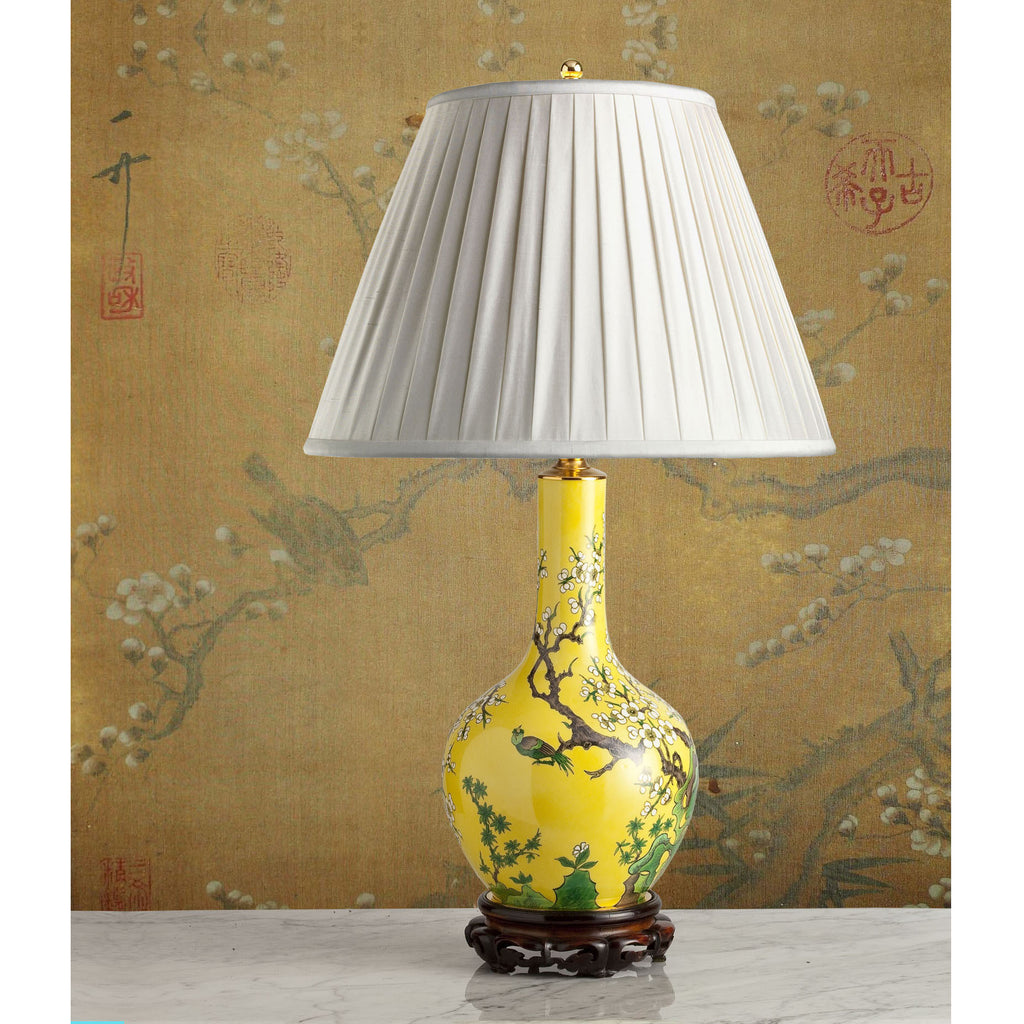 F076  A Decorative French Porcelaine de Paris Chinoiserie Bottle Shaped Lamp - Circa 1925