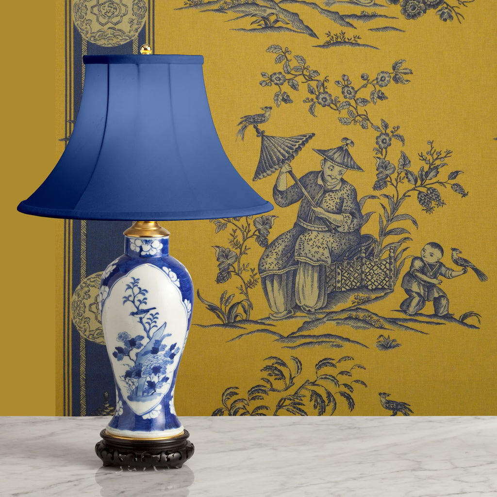 F080  A Very Pretty Mid 19th Century Chinese Blue and White Lamp - Circa 1860