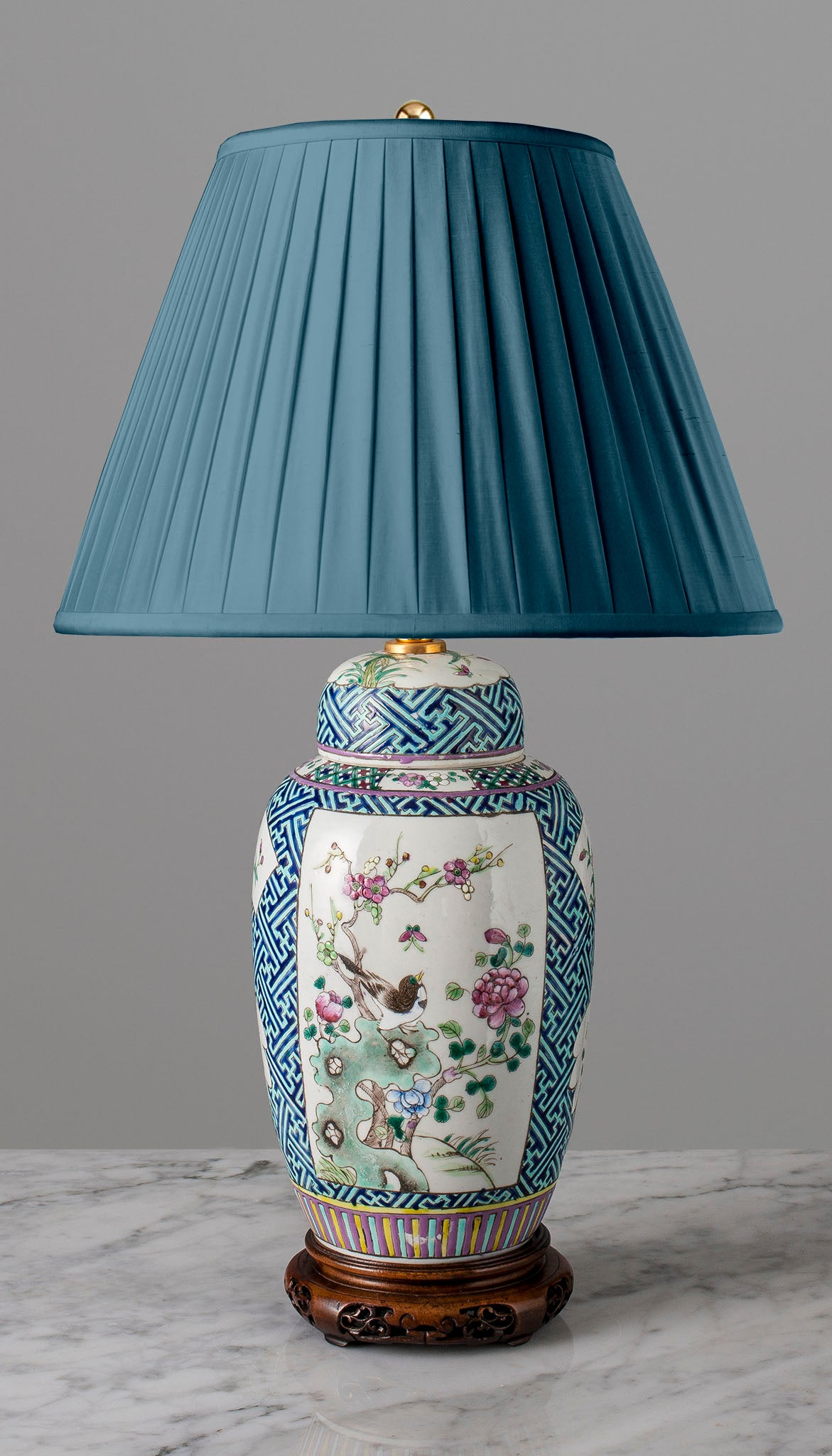 G044 A Decorative 19th Century Chinese Lamp Of Melon Shape - Circa 1870