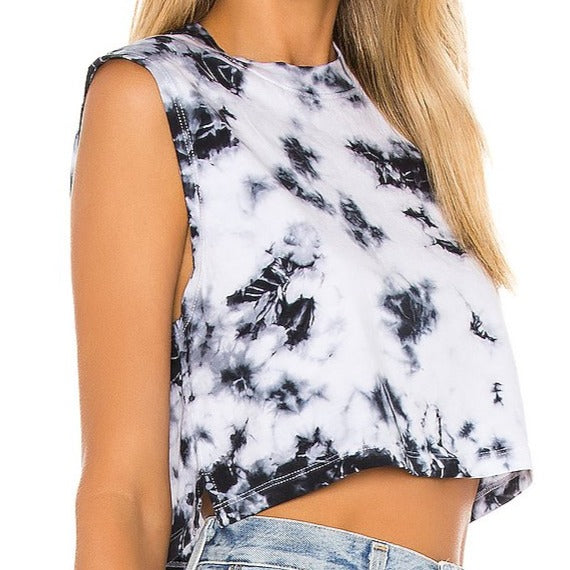 The Sleeveless Crop Cloud Wash