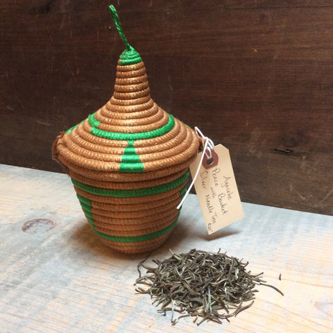 Agaseke Peace Basket with Silver Needle Tea