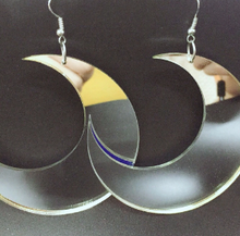 Load image into Gallery viewer, Black or Silver Moon Earring